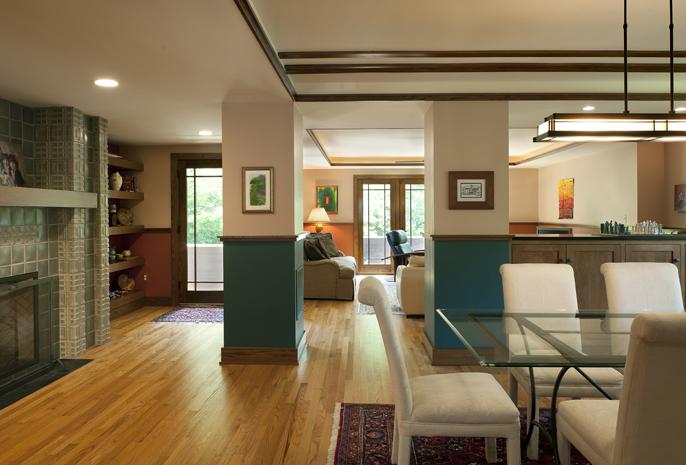 1040-11 dining room
