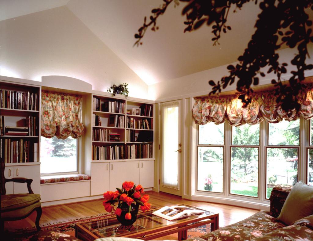 8902 living room-w2000-h2000