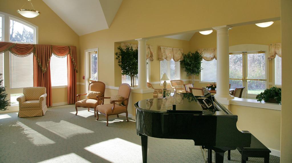 9922 living room2-w2000-h2000