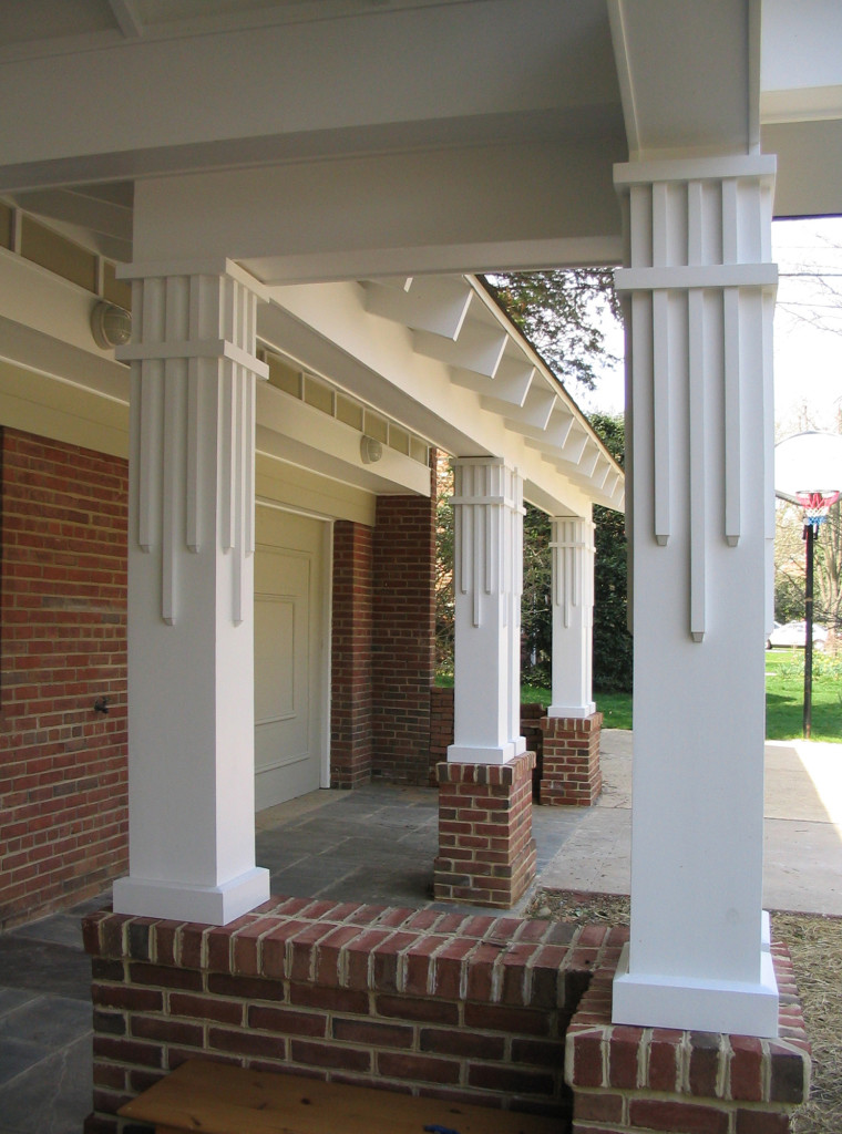 0402 porch detail