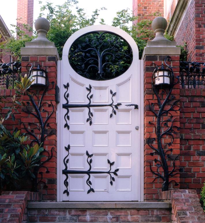 9306 garden gate